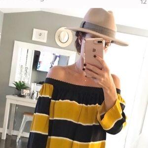 Zara tan felt hat with black white plaid band SM